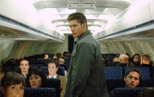 Five TV Episodes You Should Never Watch On A Plane | I Am ...